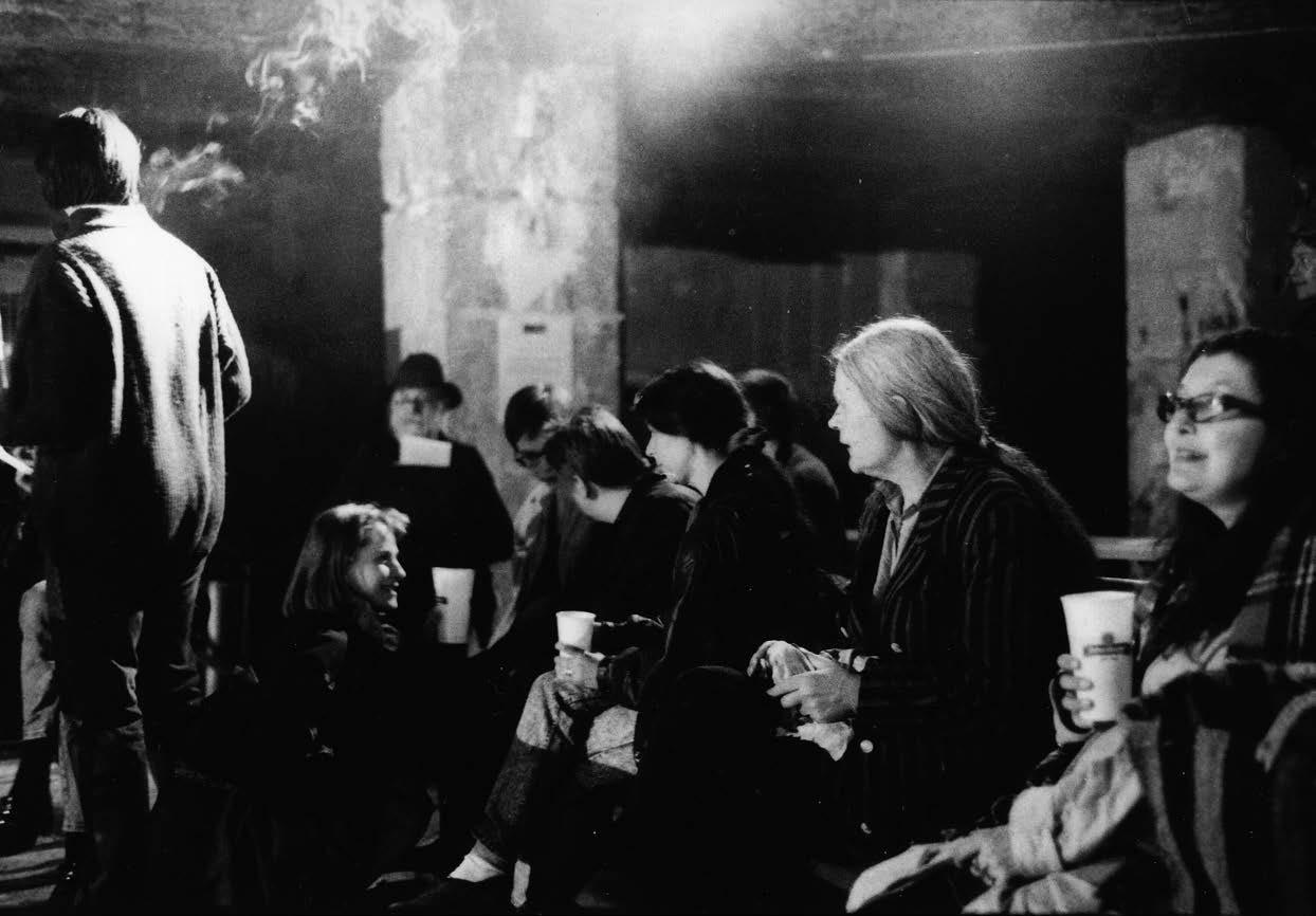 """Die Frauenkulturinitiative LINK.* besetzt 1991 das """"Rondell"""" im 1.Bezirk in Wien. © Michaela Bruckmüller"""